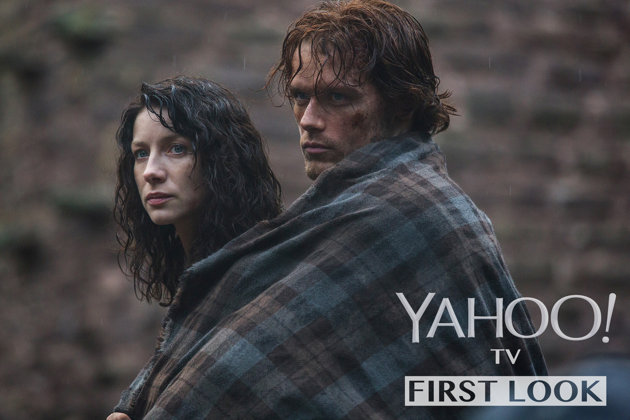 29b8adb0-d0af-11e3-bd12-ab481103e8aa_Claire-Randall-Caitriona-Balfe-and-Jamie-Fraser-Sam-Heughan-