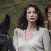 Official Still Jamie and Claire