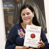 Diana Gabaldon AZ Republic