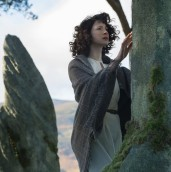 Outlander-Claire-stone